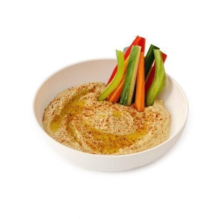 Hummus hecho en casa y dips vegetales