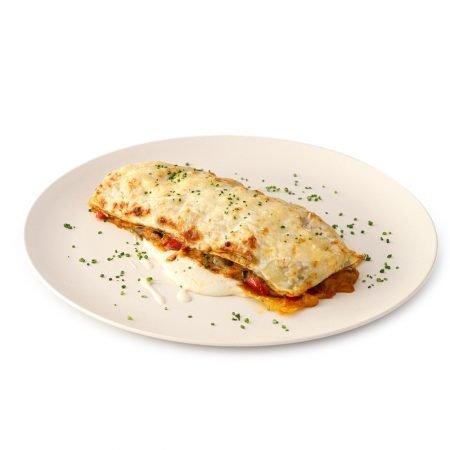 Lasaña de verduras asadas, bechamel ligera y queso parmesano